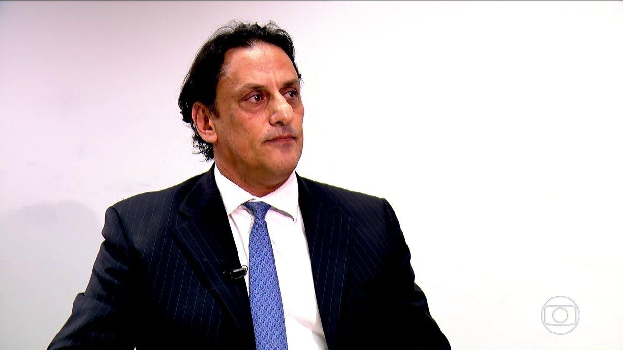 Advogado de Bolsonaro contesta depoimento de porteiro do condomínio