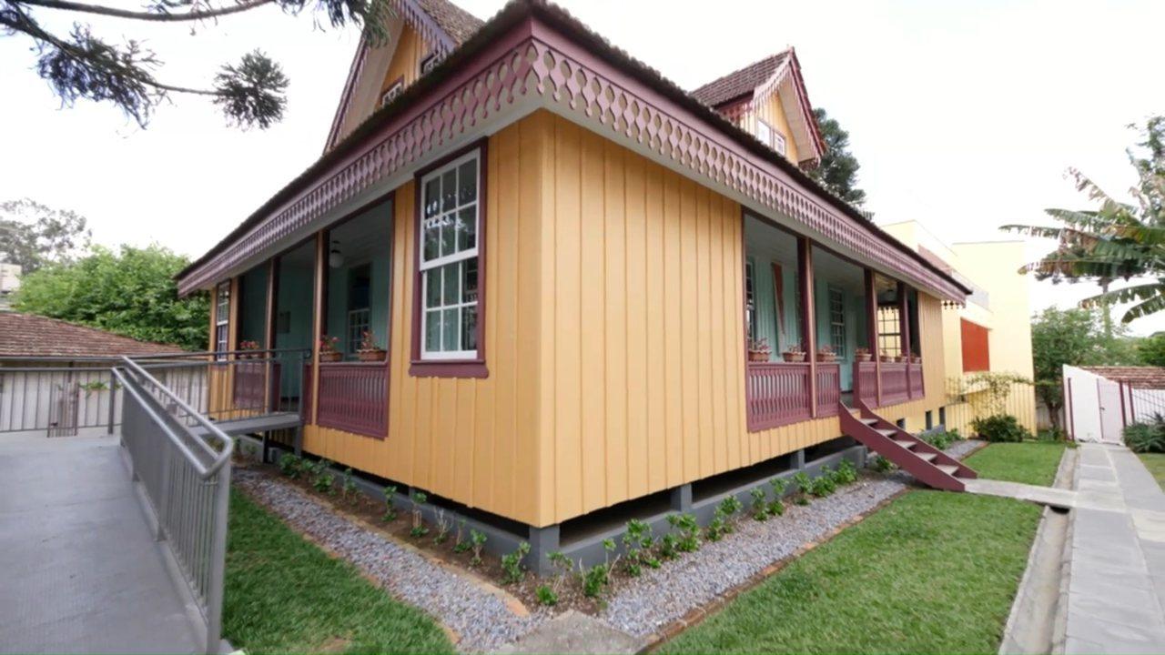 Conheça as casas de madeira mais antigas de Curitiba