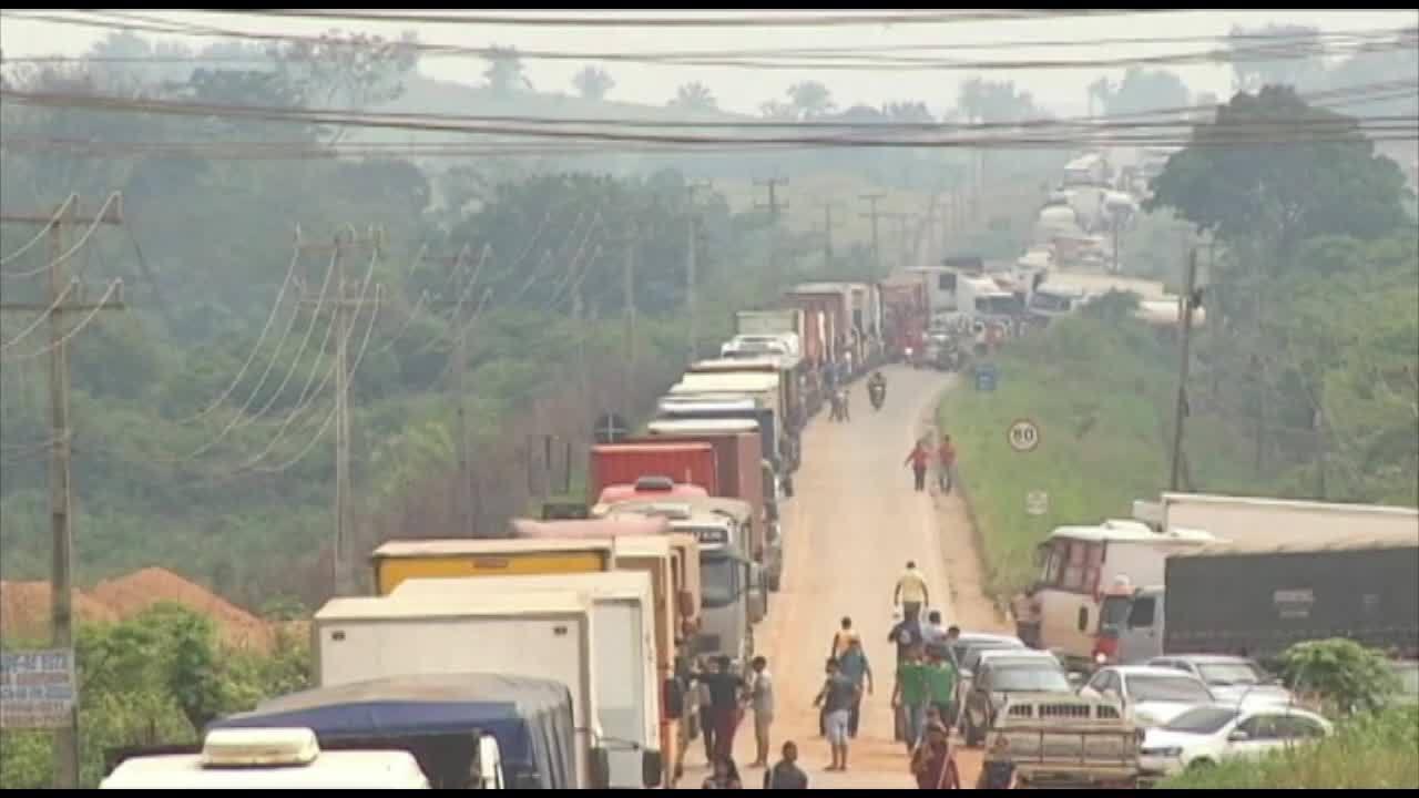 Garimpeiros continuam interditando rodovias no Pará contra fiscalizações ambientais