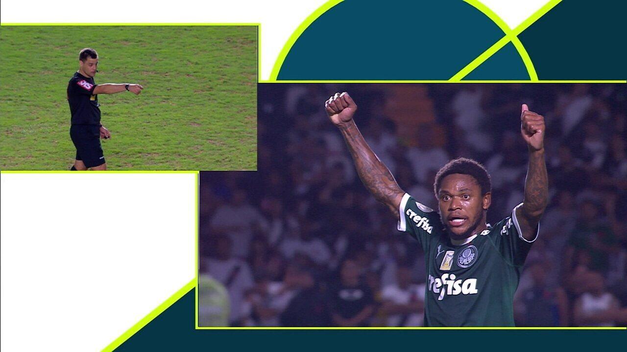 Gol do Palmeiras! Luiz Adriano briga pela bola na entrada da área e bate na saída do goleiro aos 31 do 2º tempo