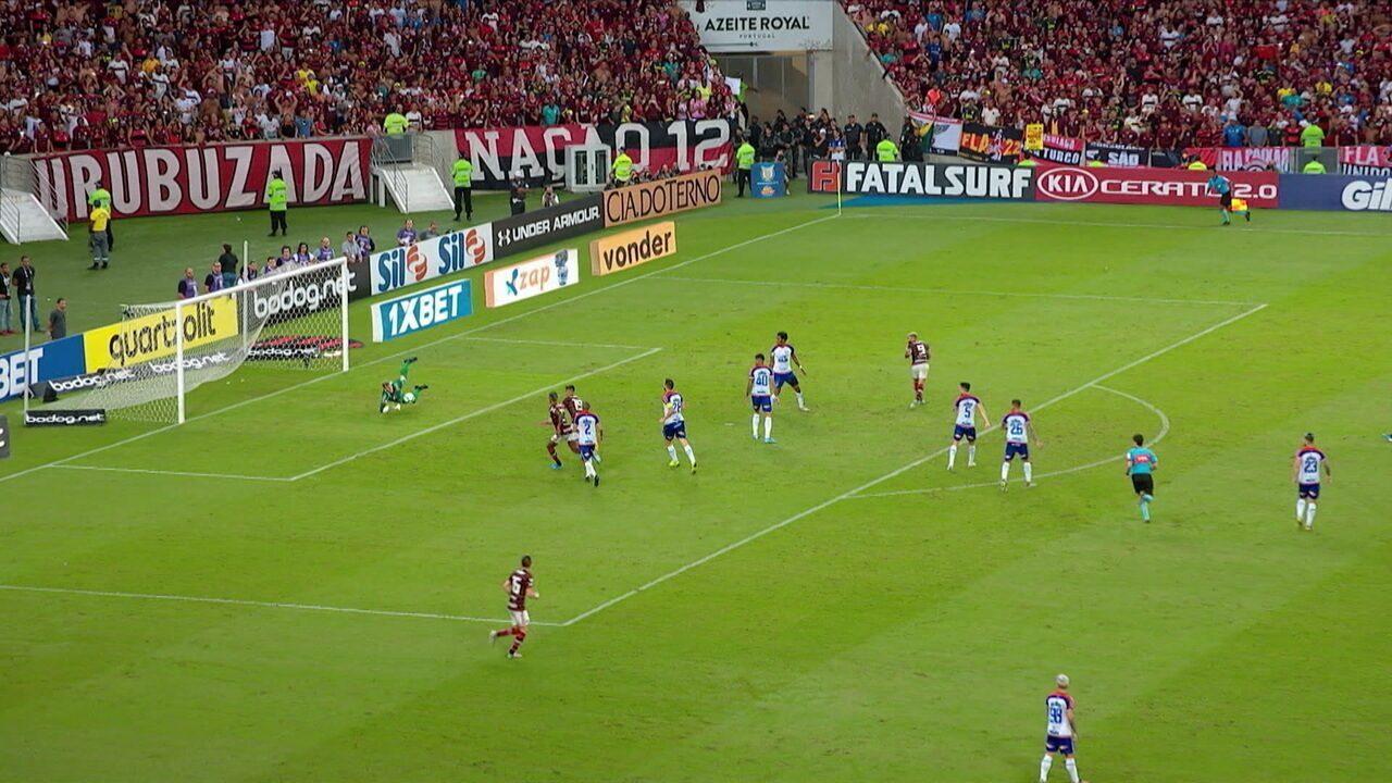 Melhores momentos de Flamengo 3 x 1 Bahia pela 32ª rodada do Campeonato Brasileiro