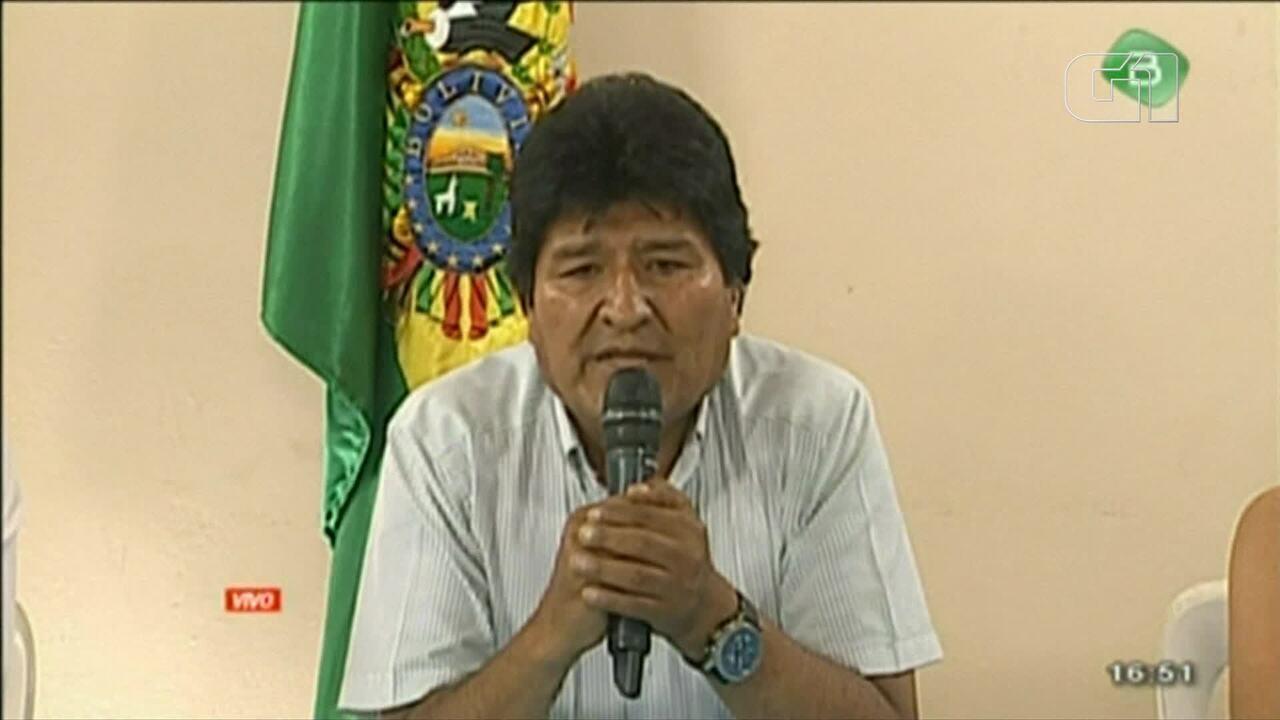 Veja o momento em que Evo Morales renuncia