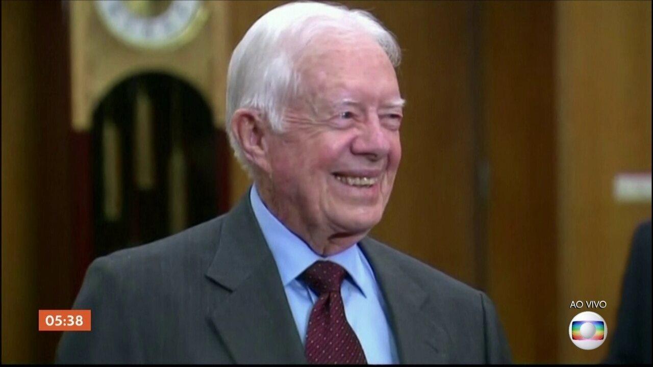 Ex-presidente dos EUA Jimmy Carter está internado