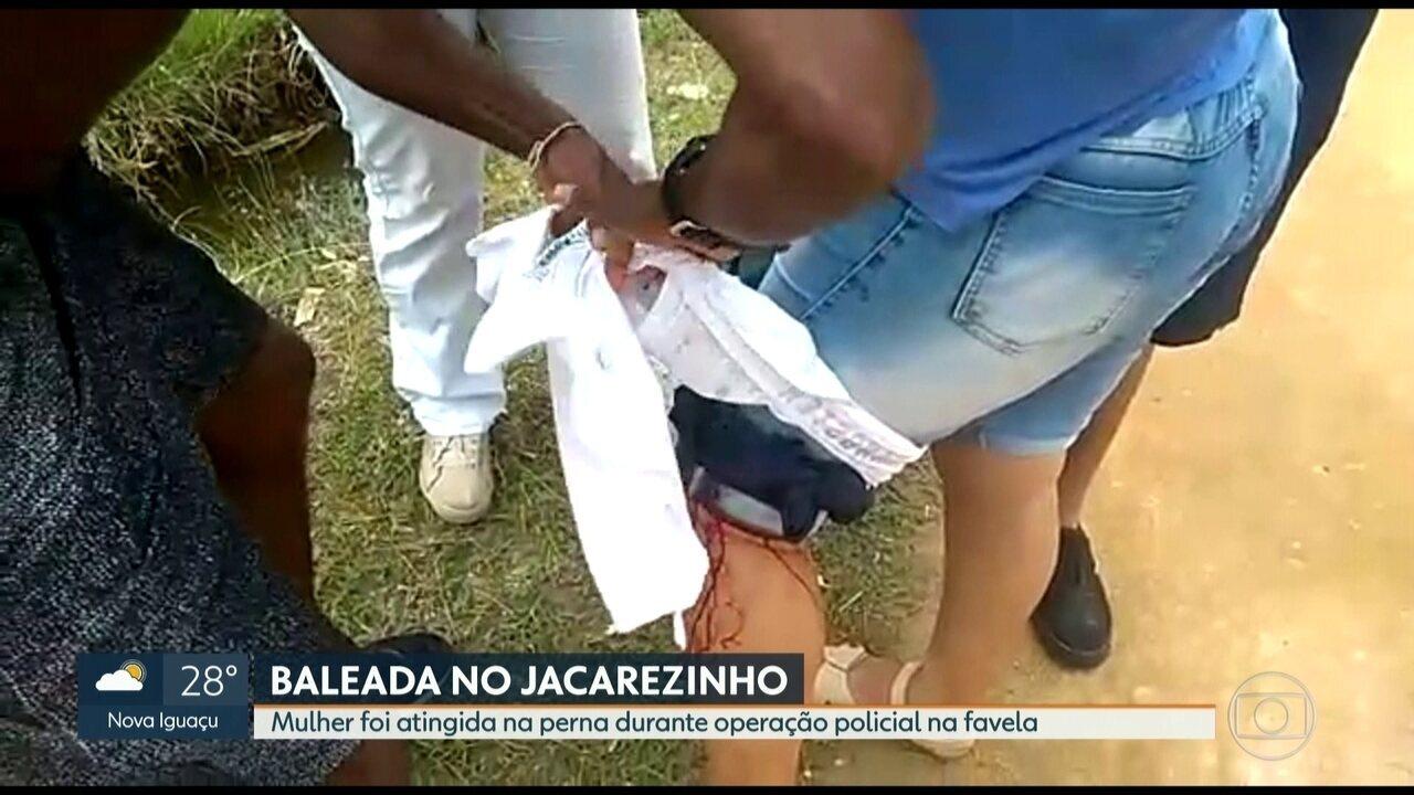 Mulher é baleada na perna durante operação da polícia na favela do Jacarezinho