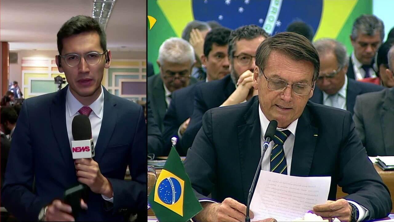 Bolsonaro discursa na sessão plenária da cúpula do Brics