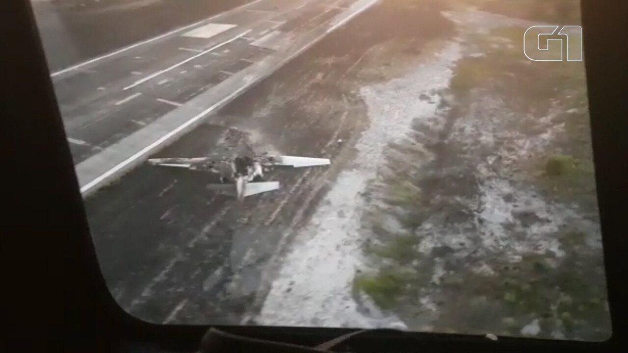 Vídeo mostra pista de resort onde avião caiu e pegou fogo em Maraú