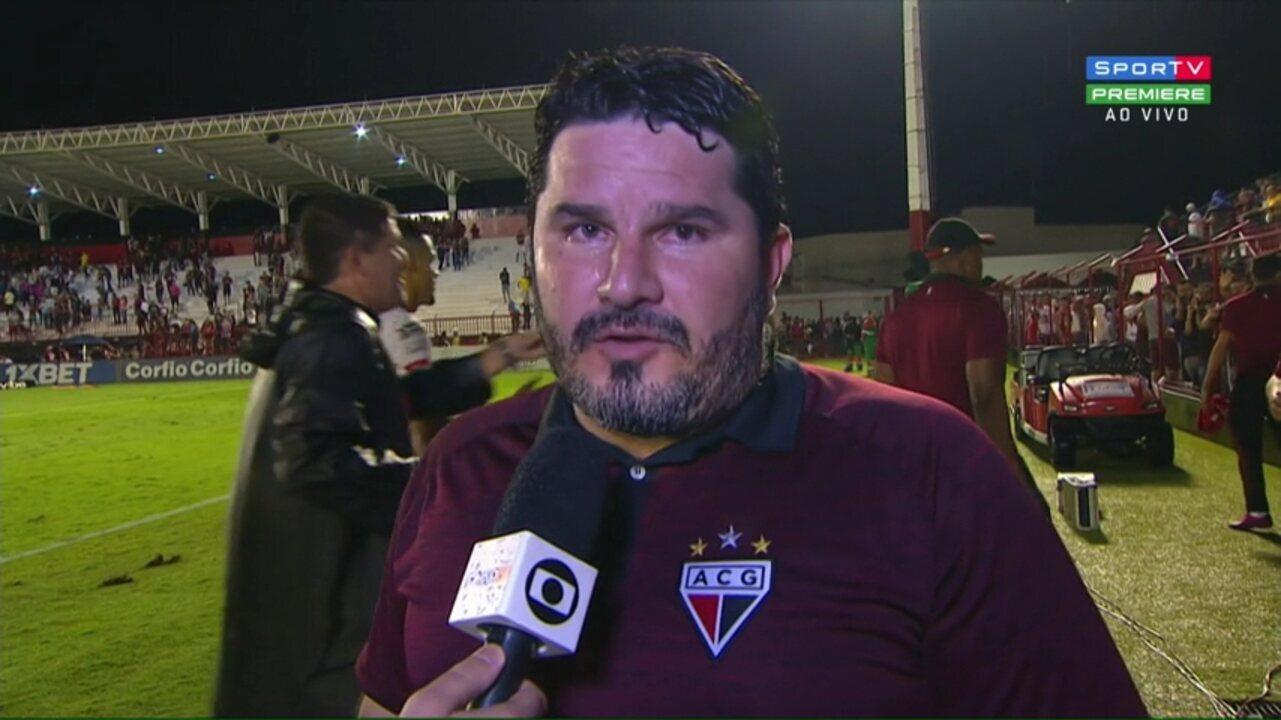 """Eduardo Barroca comemora """"vitória importante"""" que deixa o Atlético-GO no G-4 da Série B"""