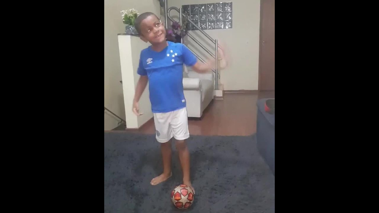 João Augusto, de 6 anos, torcedor do Cruzeiro