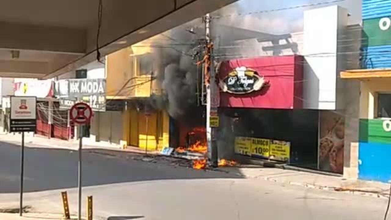 Incêndio é registrado em loja de roupas no Centro de Garanhuns