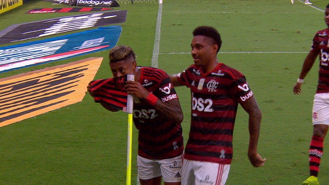 Os gols de Flamengo 4 x 1 Ceará pela 35ª rodada do Brasileirão