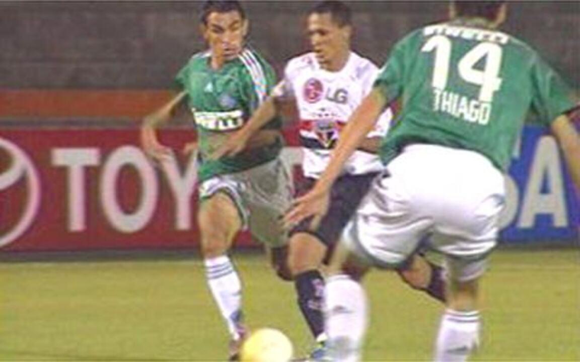 Palmeiras e São Paulo ficam no empate no primeiro jogo das oitavas da Libertadores 2006
