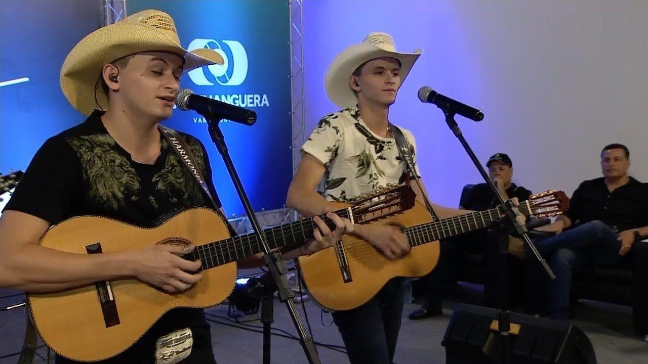 Reveja apresentação de Vinícius e Venâncio na Semifinal do Novos Talentos 2019