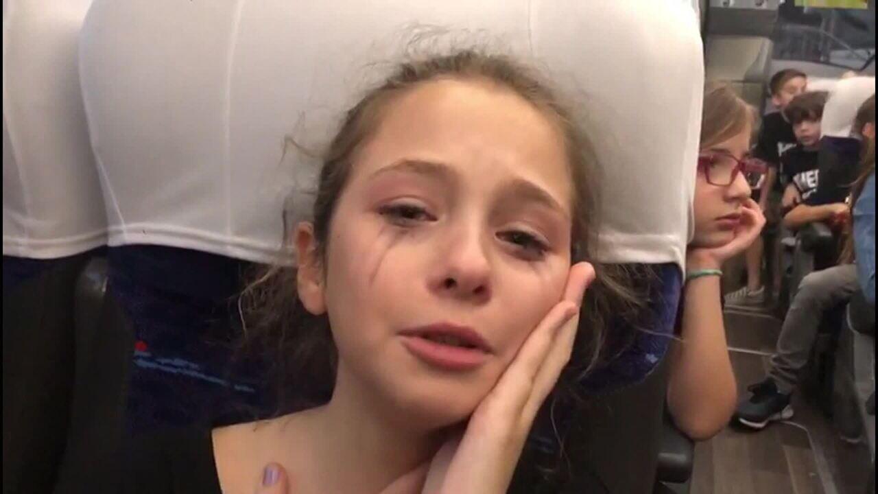 Shawn Mendes cancela show e fãs se desesperam