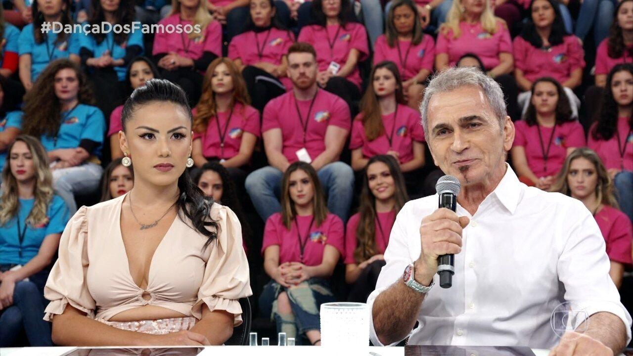 Jurados avaliam apresentação de Kaysar Dadour