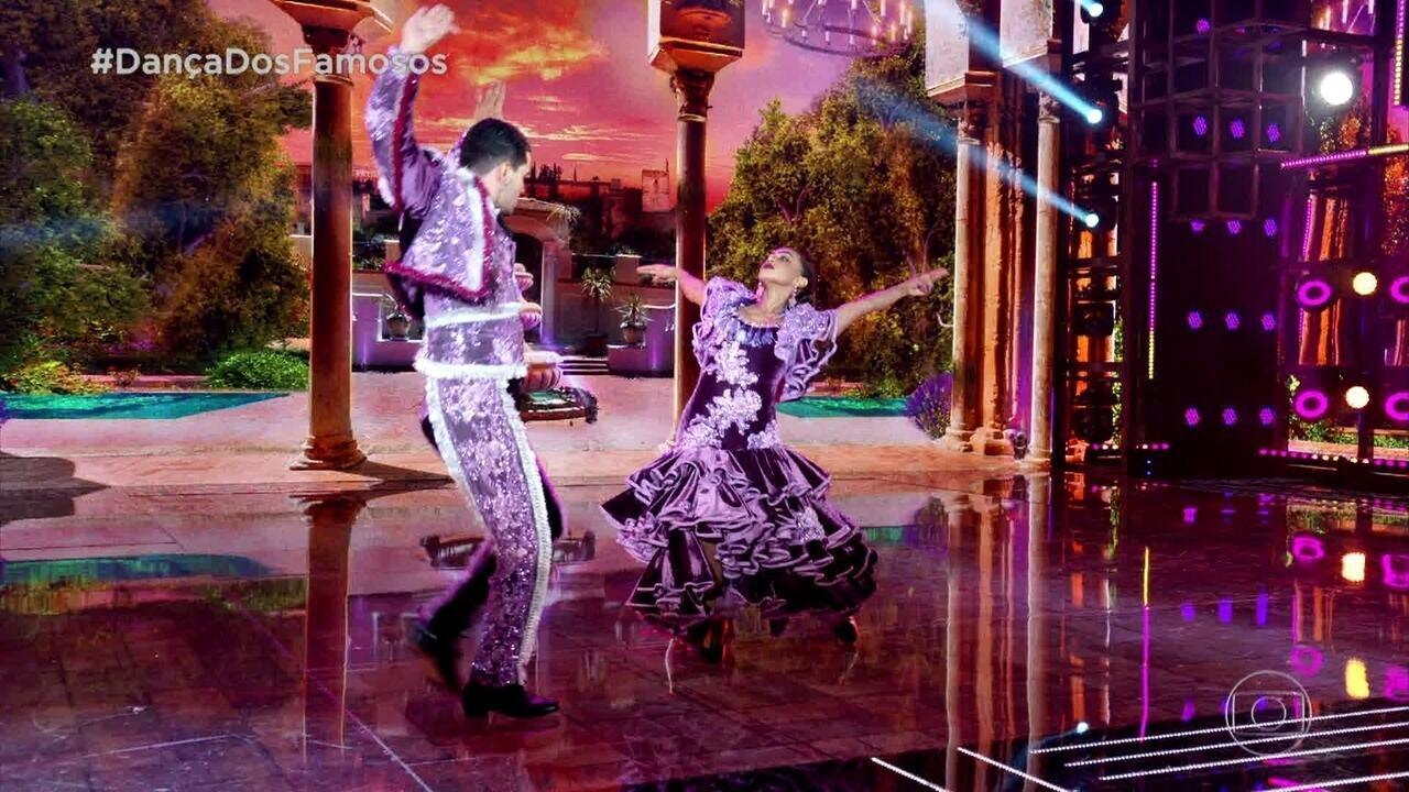 Dandara Mariana dança o Paso Doble