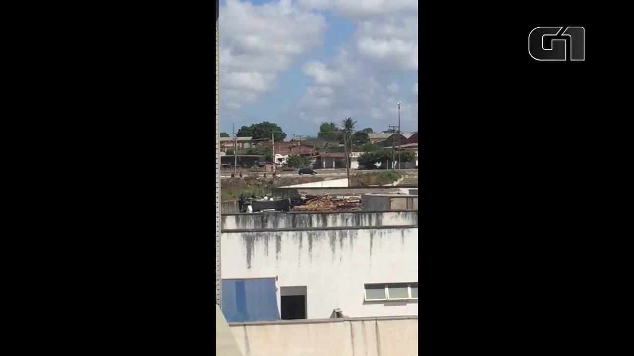 Três pessoas são baleadas em perseguição em tiroteio na BR-116, em Fortaleza