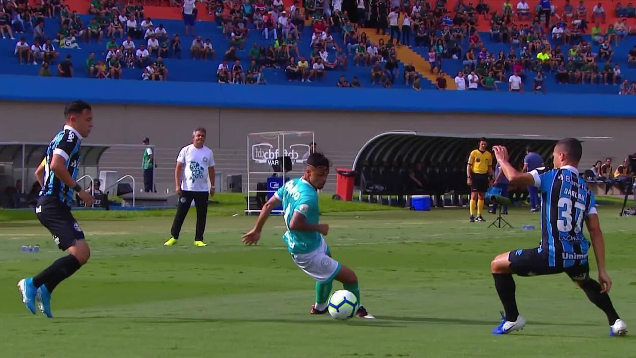 Melhores momentos de Goiás 3 x 2 Grêmio pela 38ª rodada do Campeonato Brasileiro
