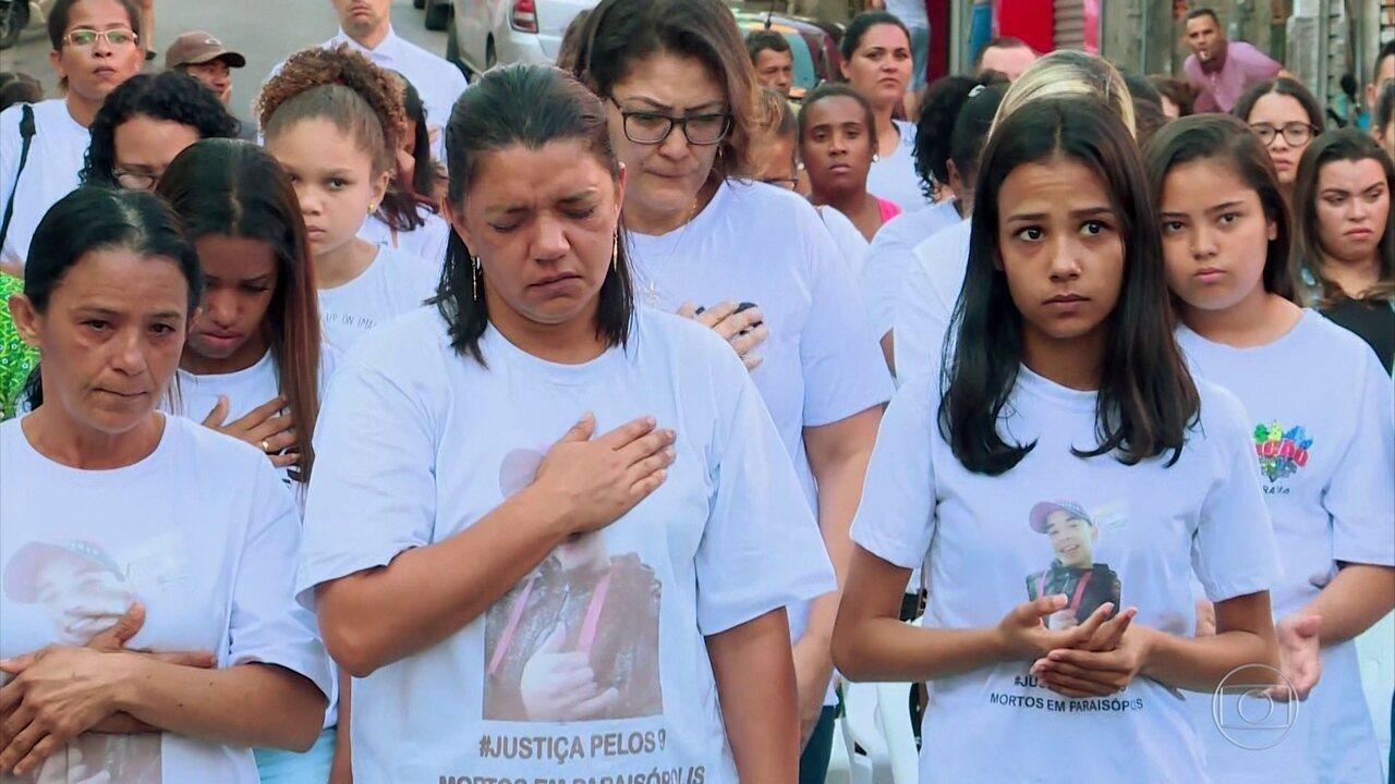 Parentes das vítimas de Paraisópolis participam de ato ecumênico uma semana após tragédia
