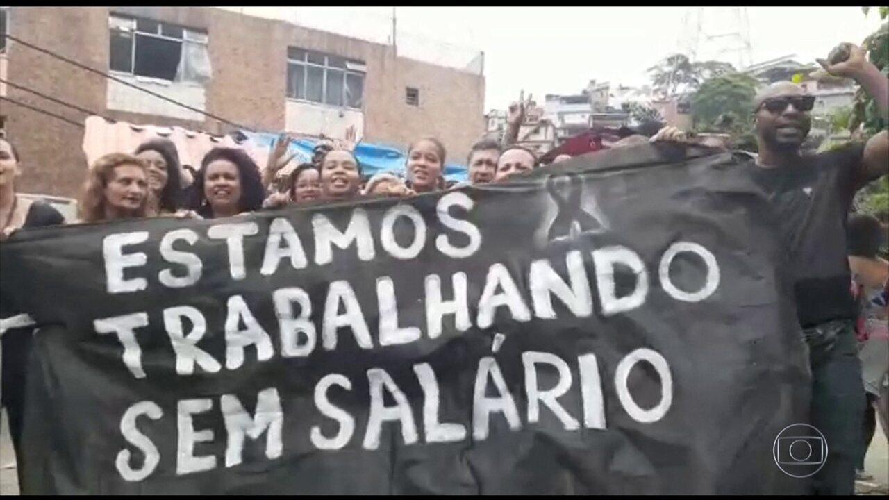 Médicos e enfermeiros sem salários paralisam atendimento da rede municipal no Rio