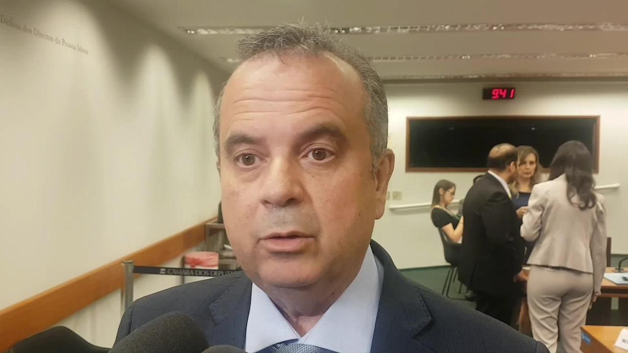 Secretário de Previdência e Trabalho, Rogério Marinho, fala a jornalistas