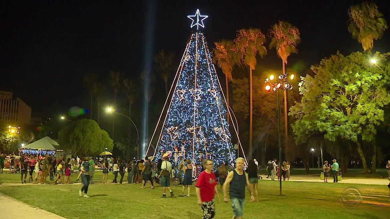 Parque da Redenção recebe ações e decorações de Natal pela primeira vez