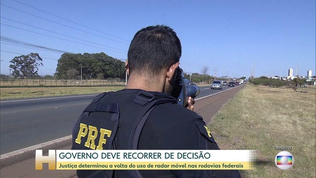 Presidente Jair Bolsonaro disse que vai recorrer da decisão que liberou radares móveis