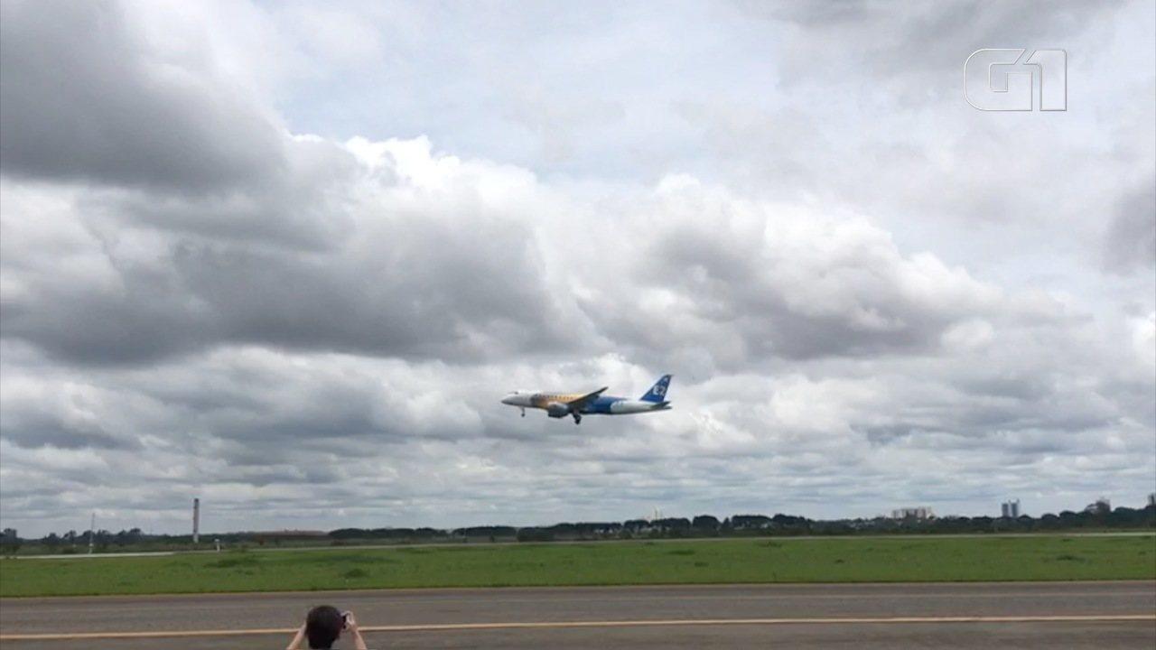Jato E175-E2 da Embraer faz voo inaugural