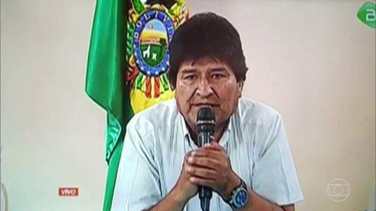 Ex-presidente da Bolívia chega à Argentina, após deixar o exílio no México