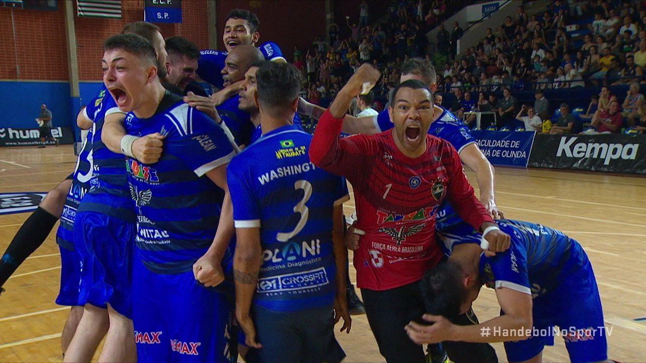 Momentos finais de Pinheiros 20 x 20 Taubaté pela final da Liga Nacional de Handebol