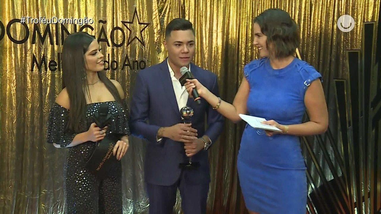 Felipe Araújo concede entrevista após ganhar o prêmio de Música do Ano