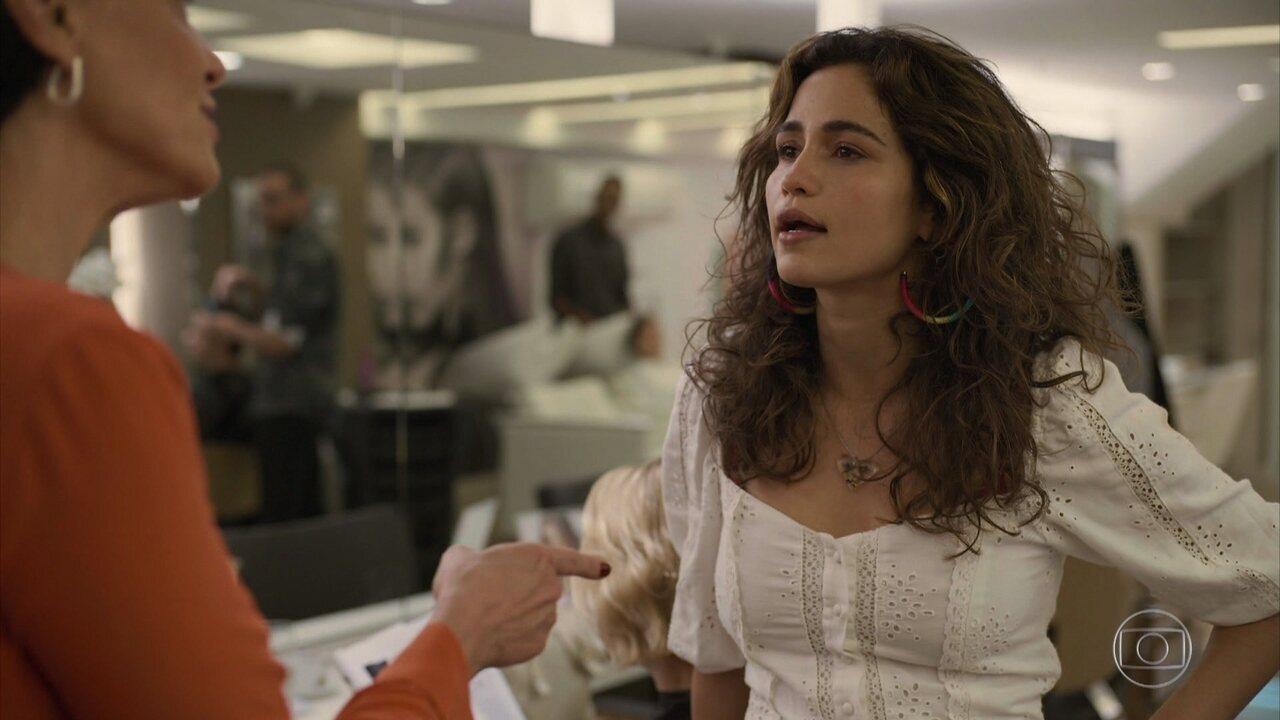 Érica (Nanda Costa) e Lídia (Malu Galli) chegaram a sair no tapa por conta de Raul (Murilo Benício)