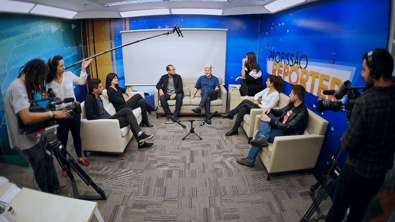 Repórteres conversam sobre matérias marcantes do ano