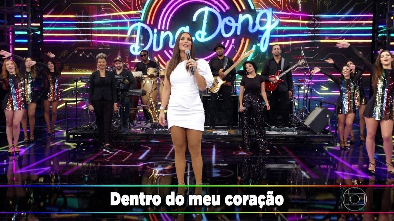 """Ivete Sangalo canta """"Se Eu Não Te Amasse Tanto Assim"""""""