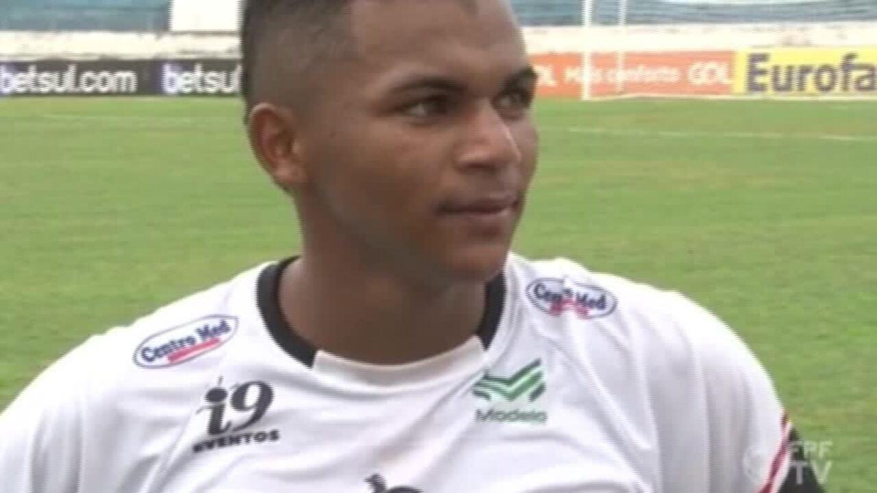 """Daniel, do River-PI, depois de vencer o Atlético-MG: """"Rapaz, estou só o bagaço"""""""