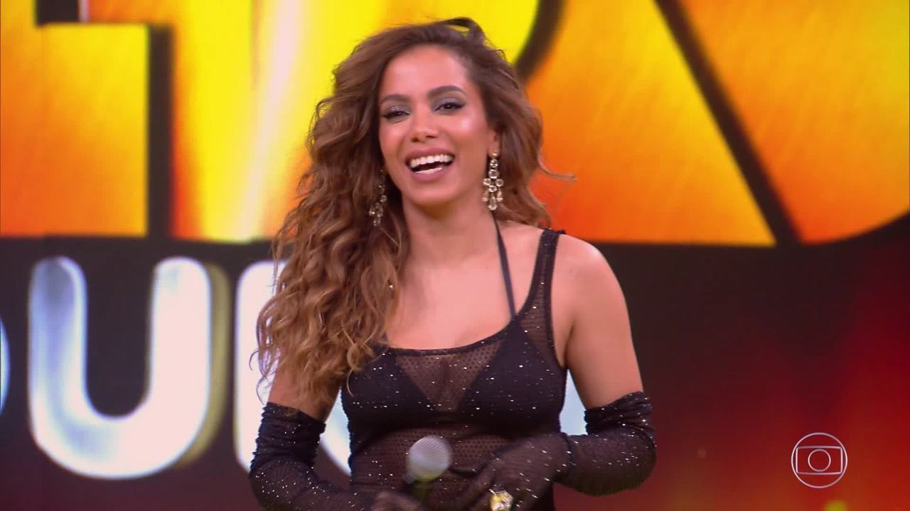 Faixa Extra: Anitta canta música 'Contatinho'
