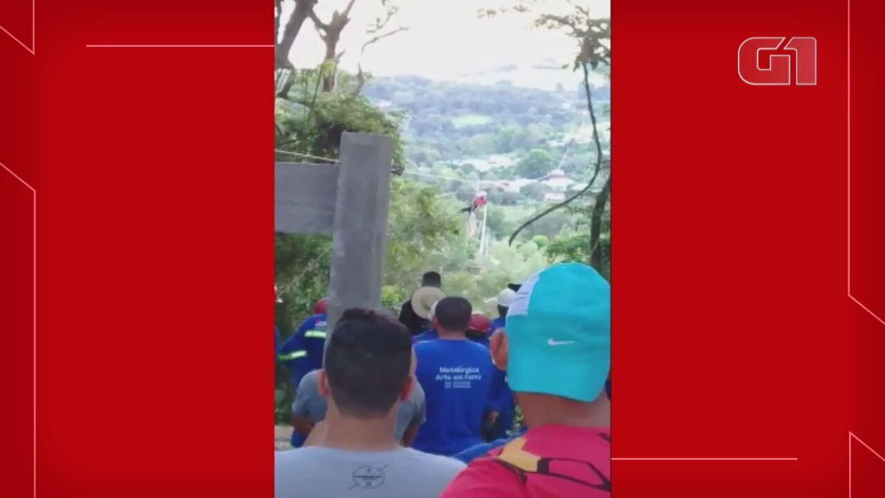 Vídeo mostra demonstração do equipamento da tirolesa dias antes do acidente