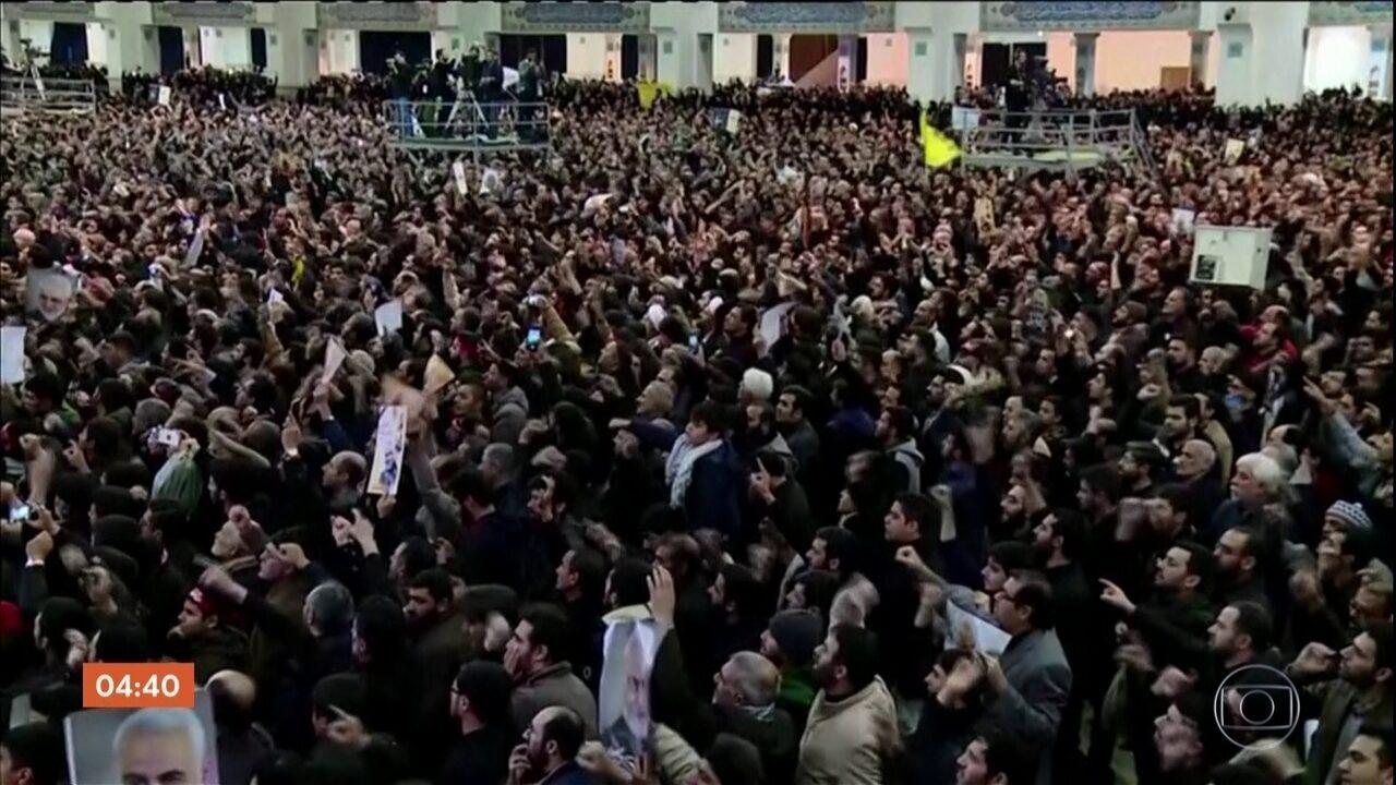 Protestos pedem a saída de líder supremo do Irã