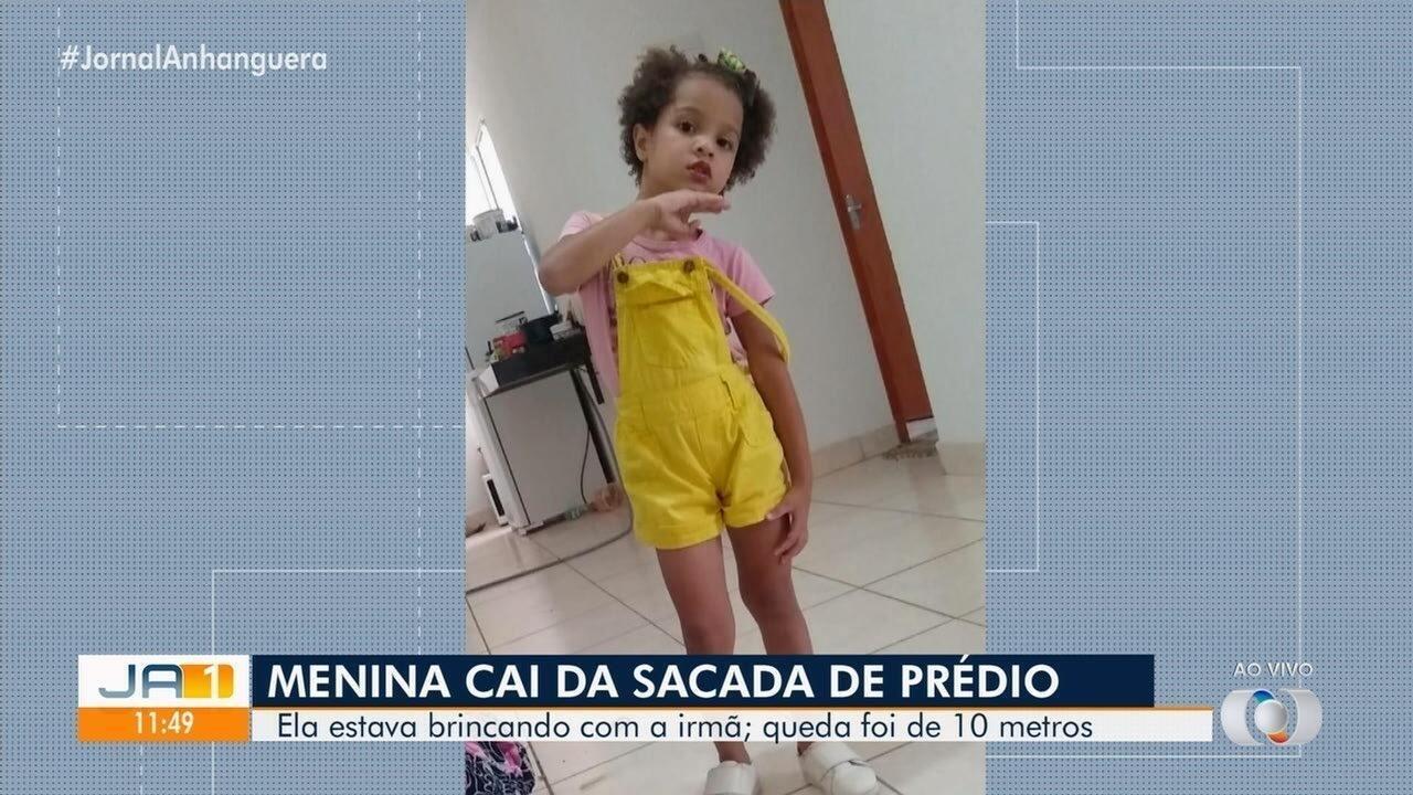 Menina de 4 anos cai de sacada de prédio em Trindade