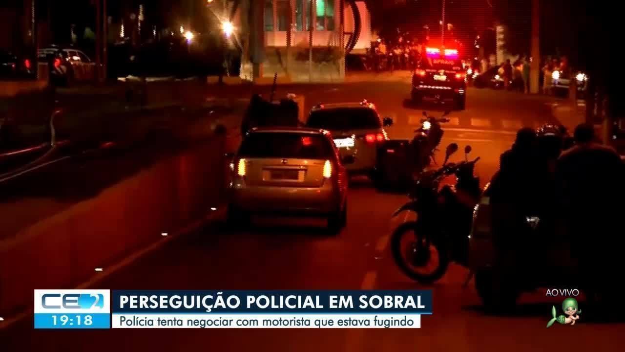 Cerco policial em Sobral para render motorista de camionete