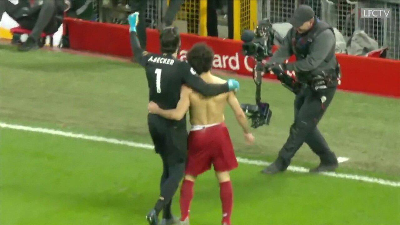 Veja os dois gols de Casemiro na vitória sobre o Sevilla no Radar da Seleção