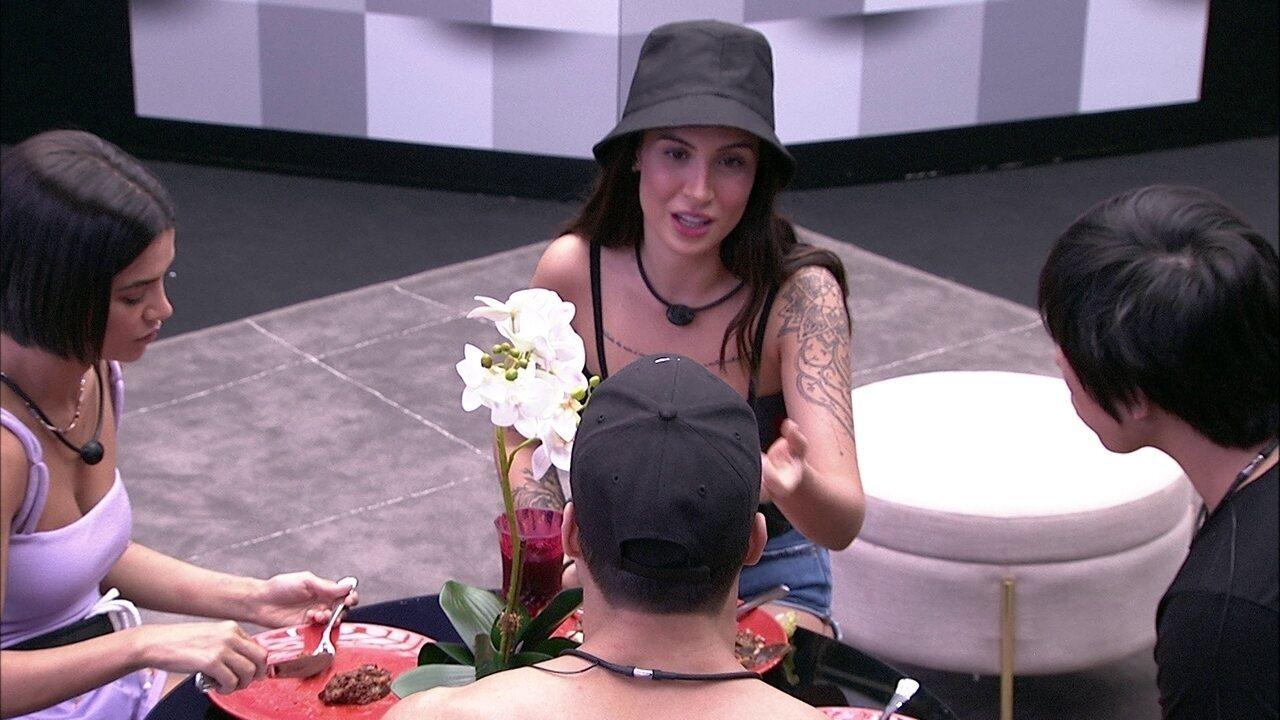 Bianca fala sobre alimentação vegetariana: 'Gosto de tentar coisas novas'