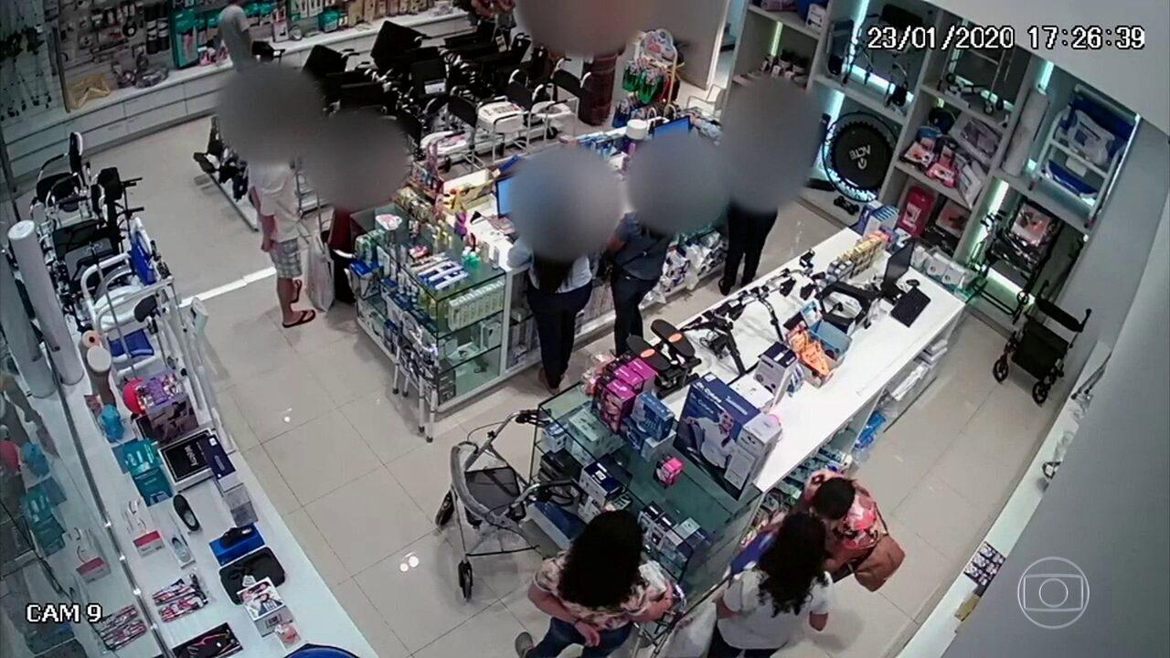Câmeras flagram bandidos furtando lojas de material hospitalar em shopping de Olinda