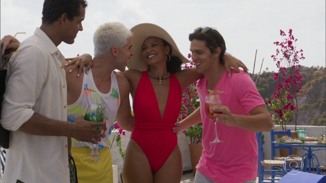 Gisele e Yuri aproveitam as férias na Grécia