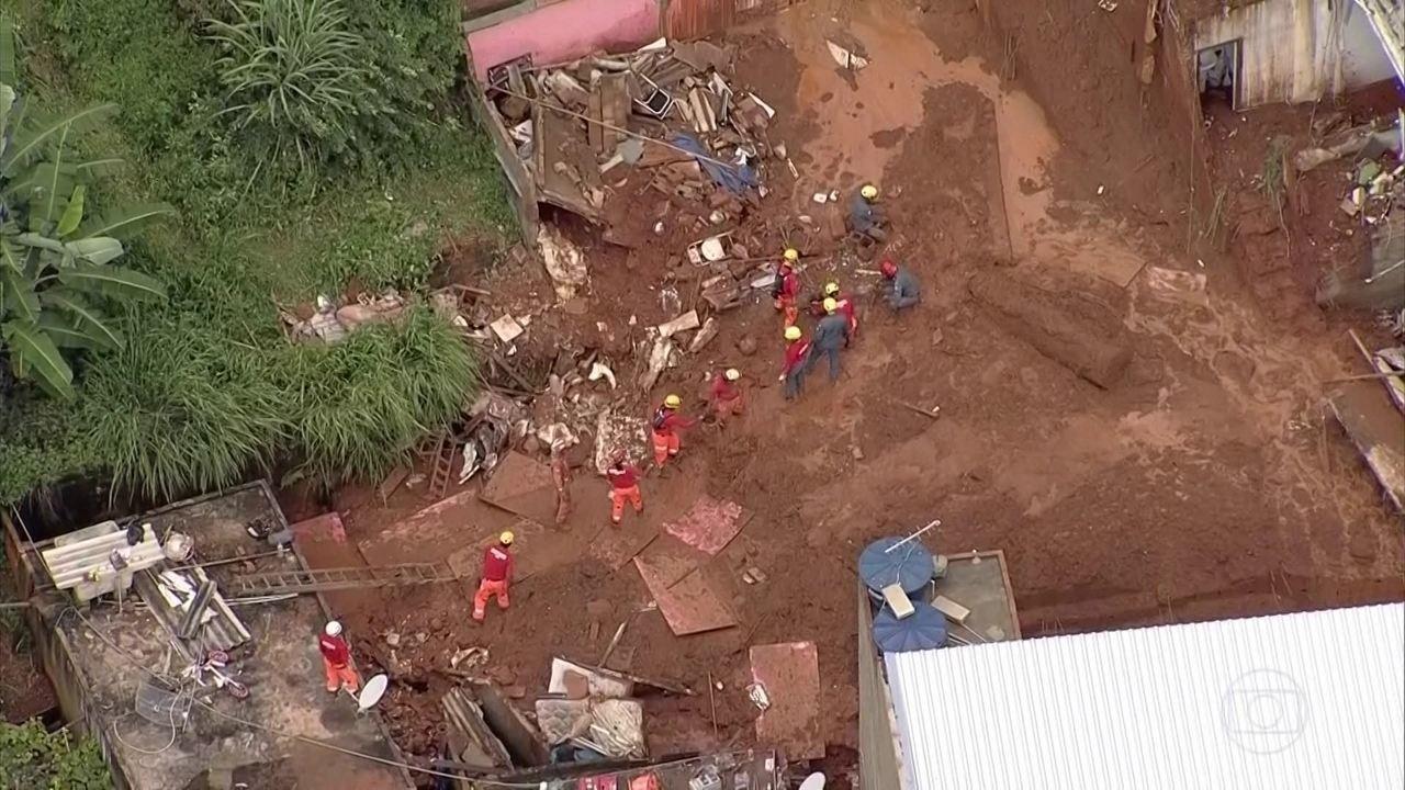 Sobe para 14 o número de mortos na região metropolitana de BH por causa das fortes chuvas