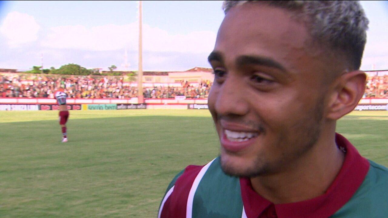 Gabriel Capixaba comemora gol e revela que pediu ajuda a Odair para aprender a dar entrevista