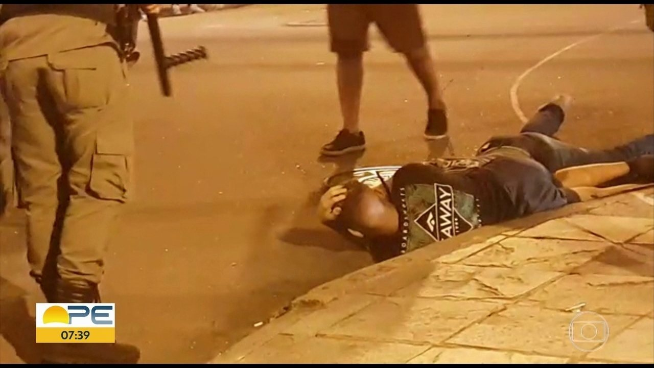 Tumulto interrompe festa de torcedores que celebravam aniversário do Santa Cruz