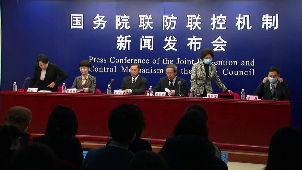 Coronavírus: Hong Kong impõe quarentena a quem chegar da China