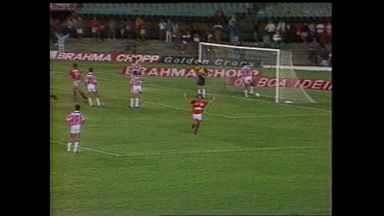 Na semi da Copa do Brasil de 1990, Náutico perde para o Flamengo no Marcanã