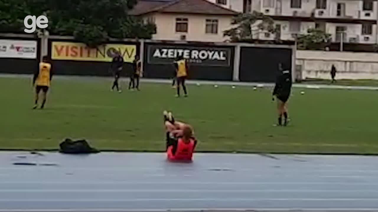 Honda faz treino físico no segundo dia de trabalho no Botafogo
