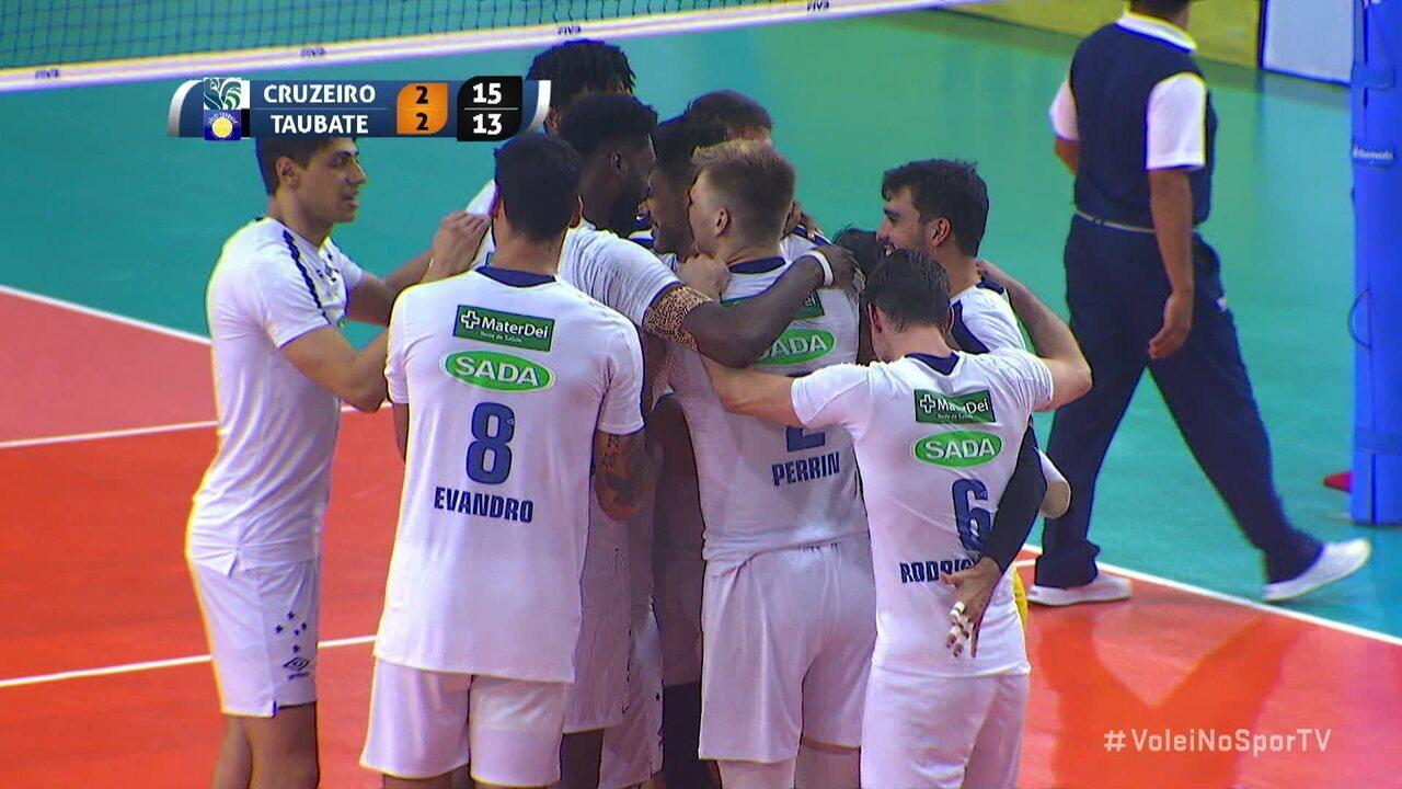 Pontos finais de Cruzeiro 3 x 2 Taubaté pelo Sul-americano de clubes de vôlei masculino